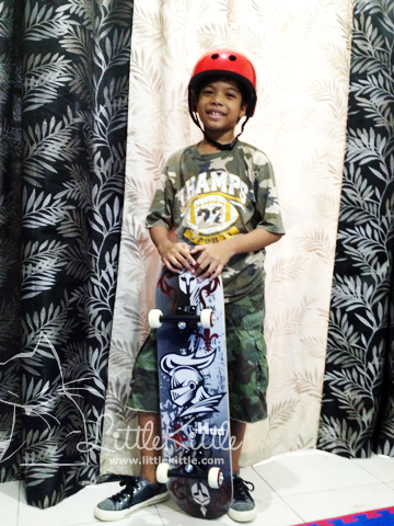 littlekittle-dad-son-skateboard-1
