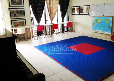 homeschool-room-littlekittle-2013-2